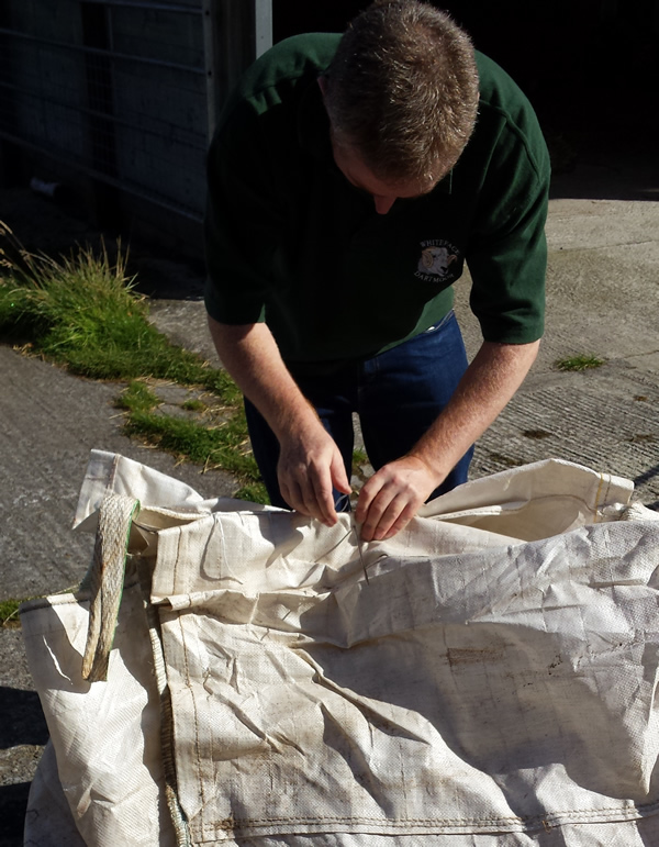 Andrew Bowman, Wool merchant, twool, Wool clip collection, dartmoor, Wool Week One Change